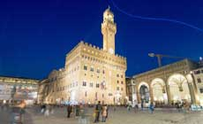 Palazzo Vecchio with Spectacular View from the top at Sunset including Aperitif
