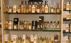 Walking Tour and Art of Perfumery in Florence